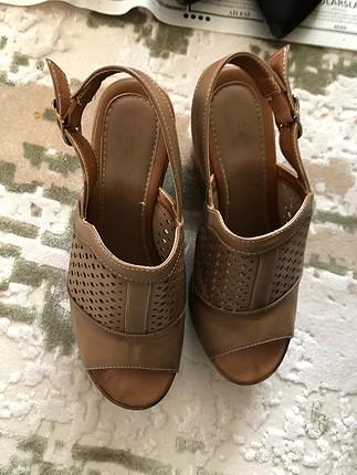 Taba vizon sandalet