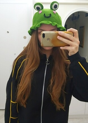 Bucket şapka kurbağalı model