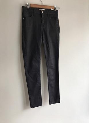 Siyah pantalon