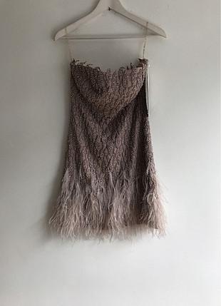 Tüylü taşlı Elbise
