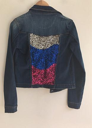 Pul detaylı ceket