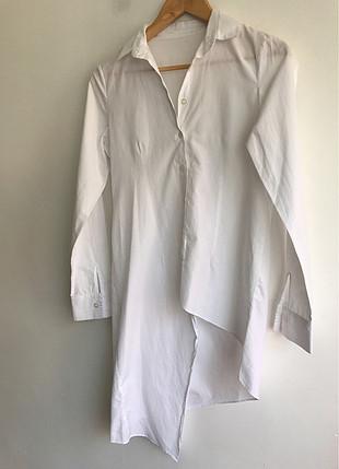 Bir tarafı uzun gömlek