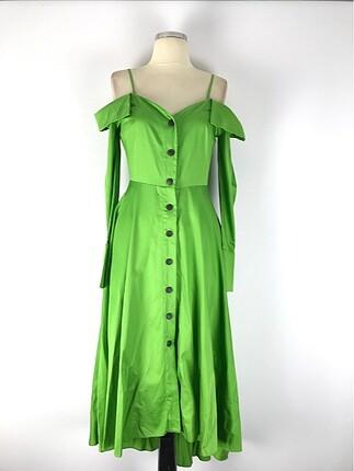Omuz detay şık elbise