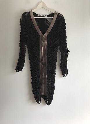 Detaylı Elbise