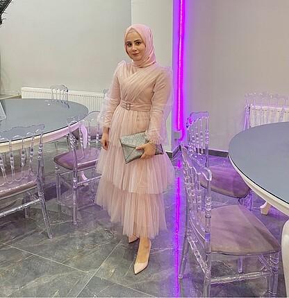 Pudra elbise