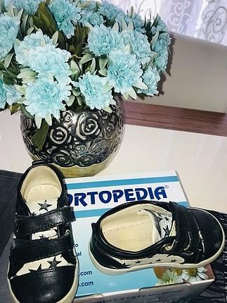 Çok az kullanılmış ortopedik 21 numara ayakkabı