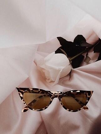 Leopar güneş gözlüğü