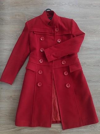 kırmızı manto