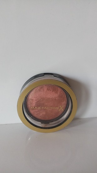 Max Factor Creme Puff Blush Alluring Rose 25, farklı renk tonlar