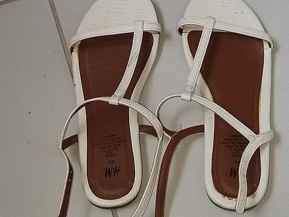 H&M markalı sandalet