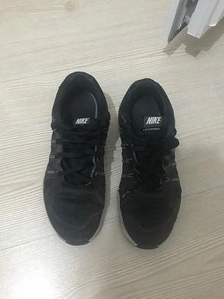 38 Beden Nike Ayakkabı