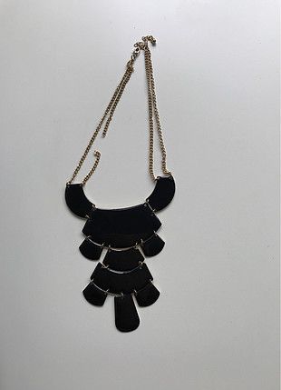 Siyah büyük taşlı kolye
