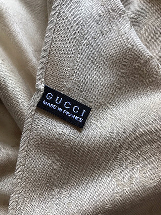 Aker Gucci krem şal