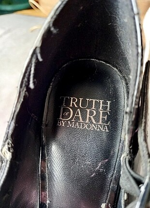 37 Beden siyah Renk Truth Dare Or By Madonna