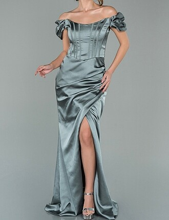 Saten abiye elbise