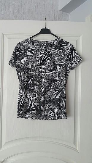 M&S T-shirt