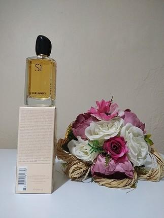diğer Beden Armani si kadın parfümü