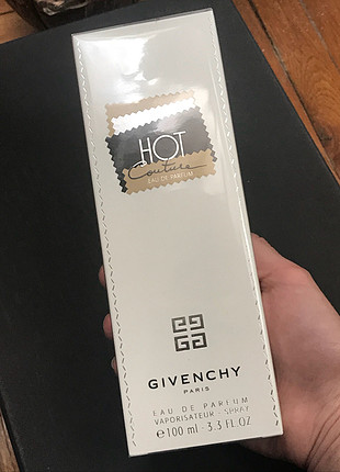 Givenchy hot couture edp 100 ml