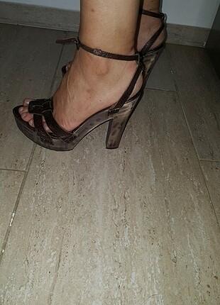 Topuklu takunya ayakkabi