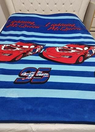 Arabalar orijinal battaniye