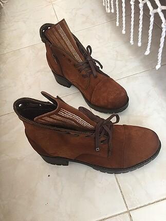 Deri teens marka 39 numara hiç kullanılmamış ayakkabı