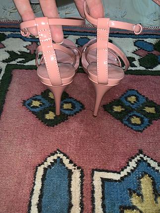 38 Beden pudra Renk Zara pudra pembe topuklu ayakkabi