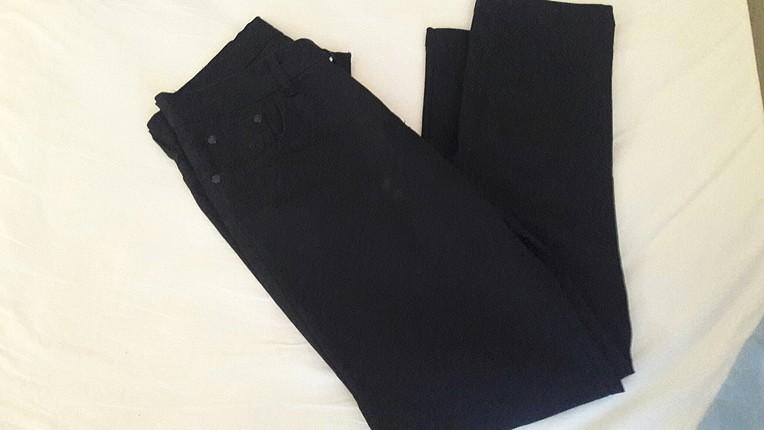 siyah lee pantolon
