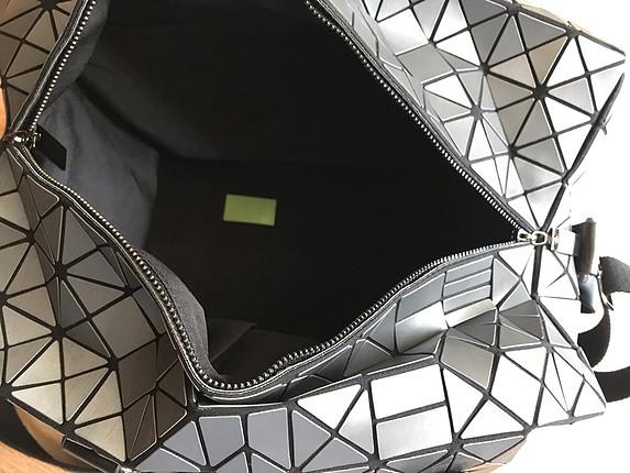 Geometrik desenli çanta