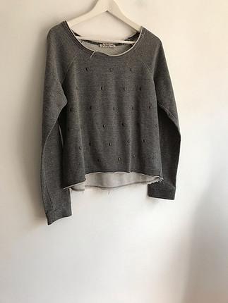 Kurukafa detaylı sweatshirt