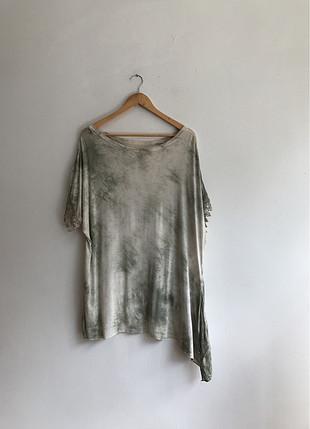 Payet ve dantel detaylı bluz