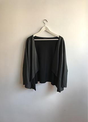Siyah parlak hırka