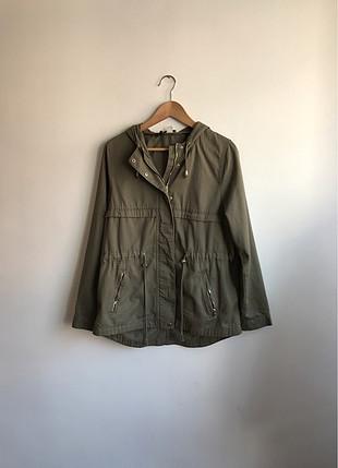 Yeşil trenchcoat