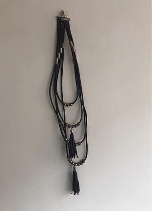 Uzun kolye
