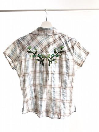 Diğer Çiçek motifli gömlek