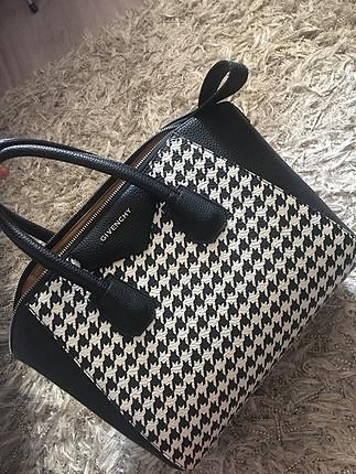 universal Beden Givenchy çanta