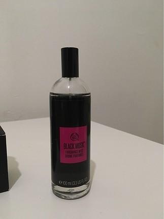 The body shop Black Musk fragnance mist / vücut spreyi