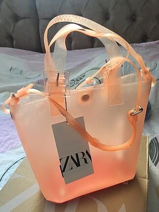 Zara şeffaf çanta