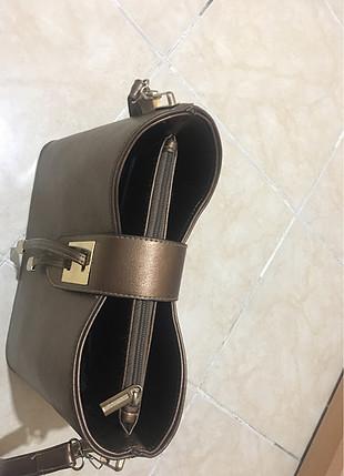 Diğer bakır renk askılı çanta