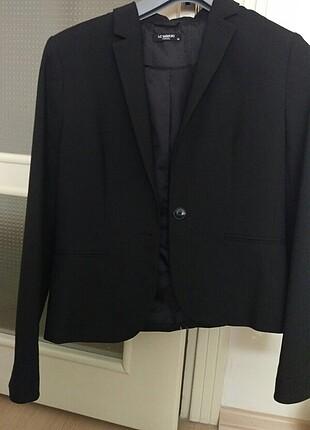Siyah memur ceketi :)