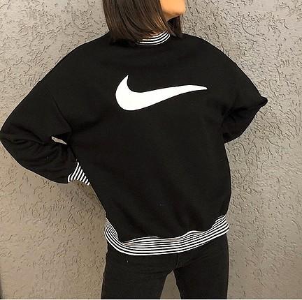 Nike baskılı sweat yumuşacık kumaşına bayılacaksınız