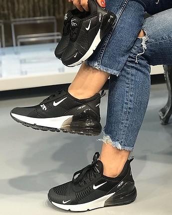 Nike Air 270 siyah 36-44 arası numaralarla