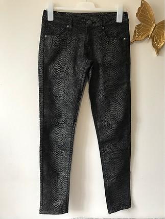 Desenli pantalon