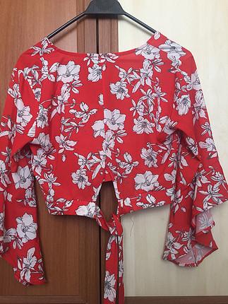 38 Beden Kırmızı Bluz