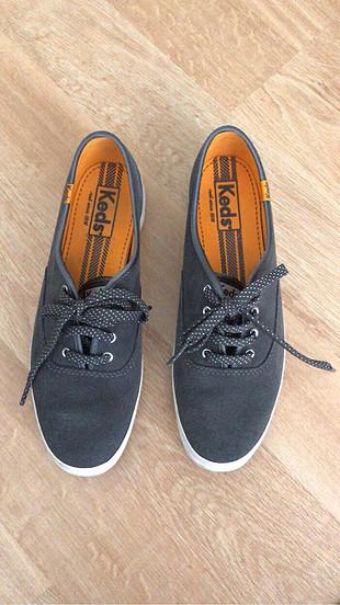 Keds ayakkabı