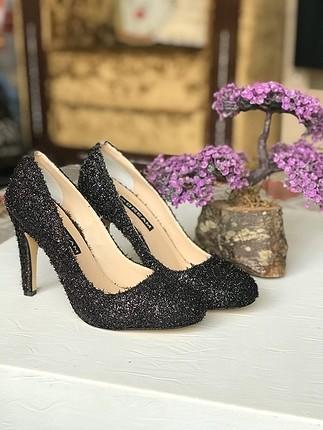 37 Beden siyah Renk Topuklu ayakkabı