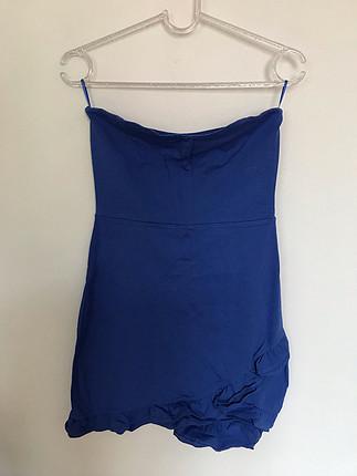 Ginatricot marka mini straplez gece elbisesi