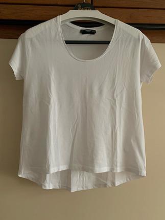 Beyaz 0 Yaka Mango Tişört