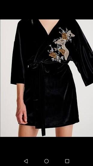 Kimono Pull and Bear
