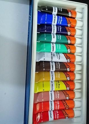 12 li yağlı boya seti