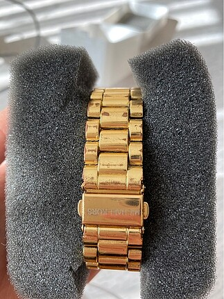 Michael Kors Altın rengi saat